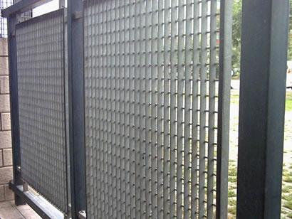 钢格板护栏